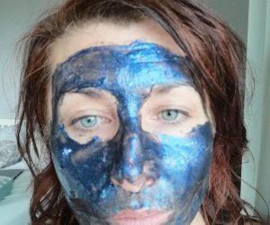 Vypínací maska s mikronizovaným diamantem, safírem a ametystem